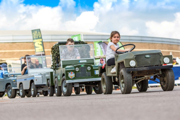 Pic-1.-Land-Rover-show.-Photo-courtesy-of-BMM