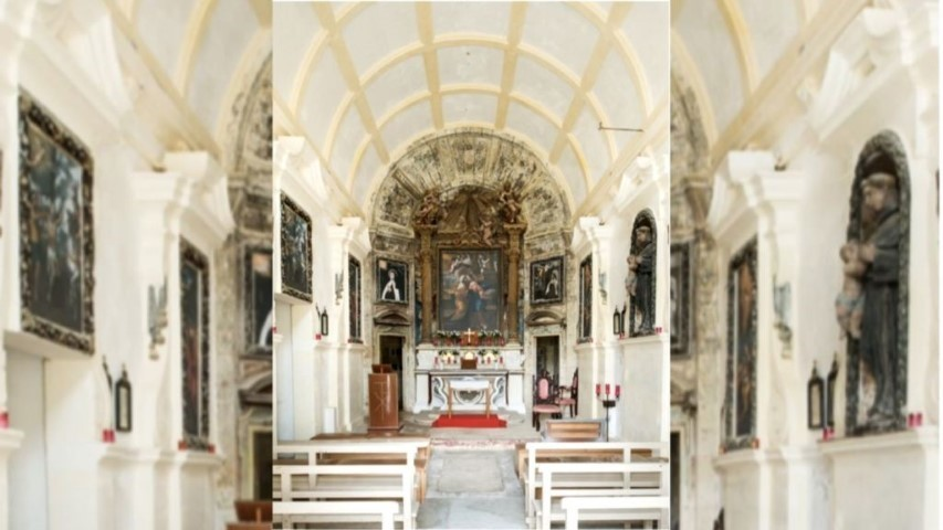 MalDia-03-19-05-21-Her-paintings-and-sculptures-in-other-churches