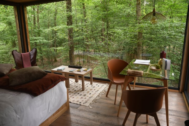 1-Private-tree-house-at-Loire-Valley-Lodges-
