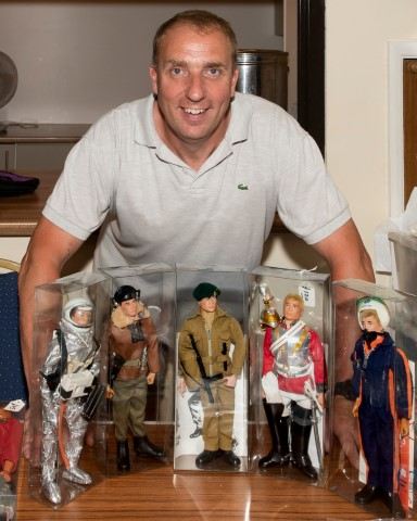 Pic-1.-Organiser-Roy-Minshull-with-some-of-his-Action-Men-figures