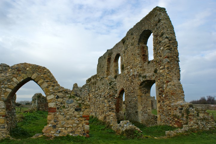 Remains-of-the-monastic-refectory
