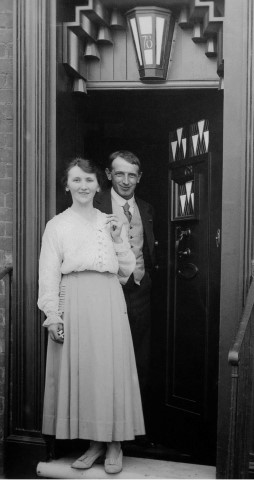 Pic-1.-W.J.Bassett-Lowke-and-his-wife-Florence-Jane.-Photo-courtesy-of-78-Derngate
