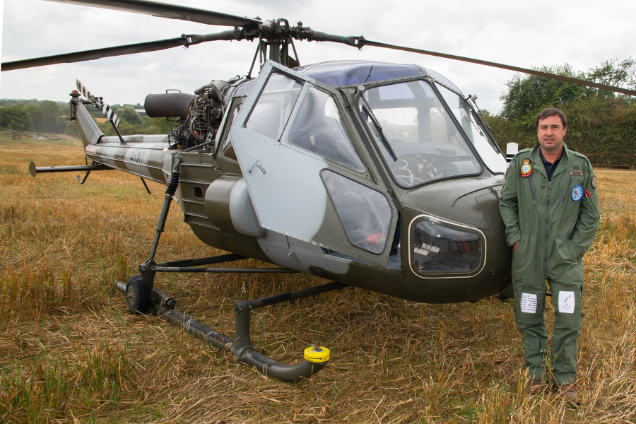 Pic-4.-Show-organiser-Andrew-Baker-flew-his-Westland-Scout-helicopter