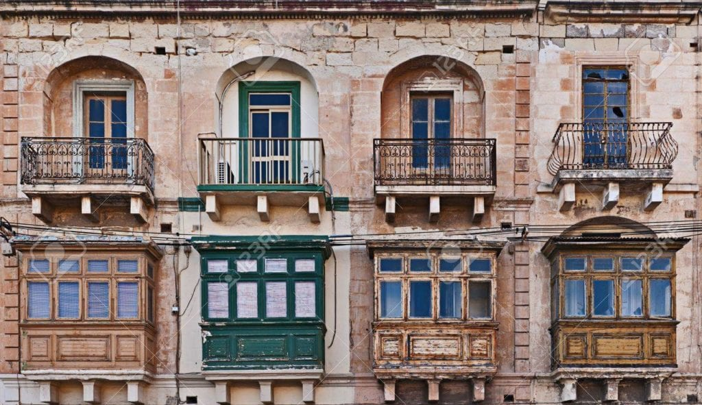 MalDia Traditional balconies in Valletta